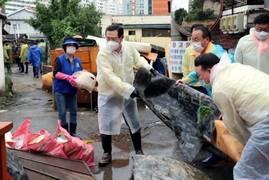이용섭 광주광역시장, 집중호우 피해지역 복구 나서
